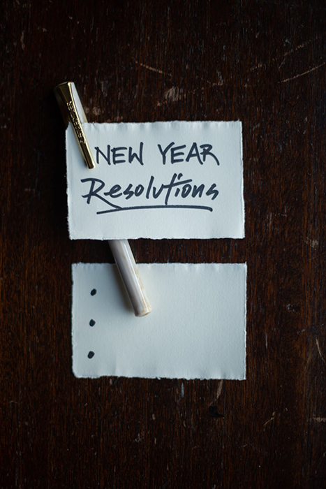 new year resolutions pen and paper